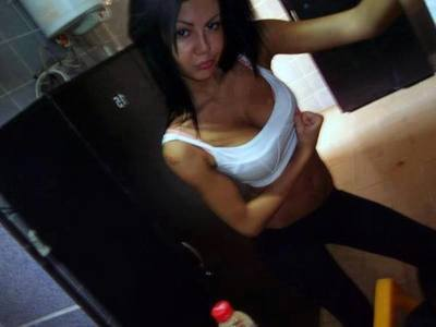 Looking for girls down to fuck? Oleta from Algona, Washington is your girl