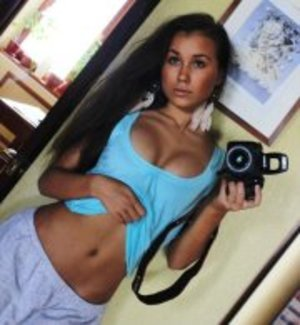 Deena from Ninilchik, Alaska is interested in nsa sex with a nice, young man