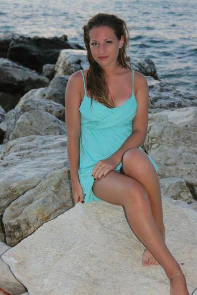 Migdalia is interested in nsa sex with a nice, young man