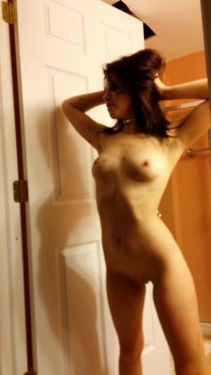 Chanda from Allakaket, Alaska is looking for adult webcam chat