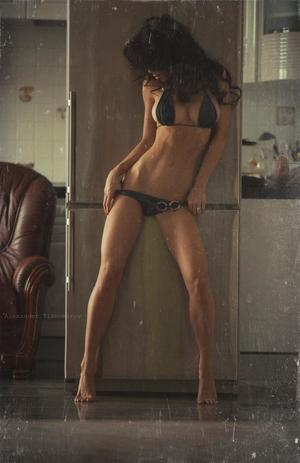 Azzie from Delaware is looking for adult webcam chat