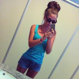Felisa from  is interested in nsa sex with a nice, young man