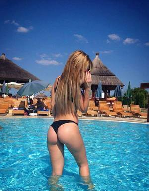 Kristle from  is looking for adult webcam chat