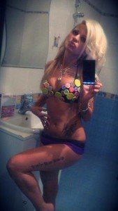 Elizebeth from Ashville, Alabama is looking for adult webcam chat